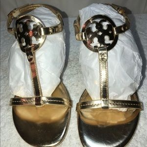 NEW TORY BURCH SANDLES SIZE 8M